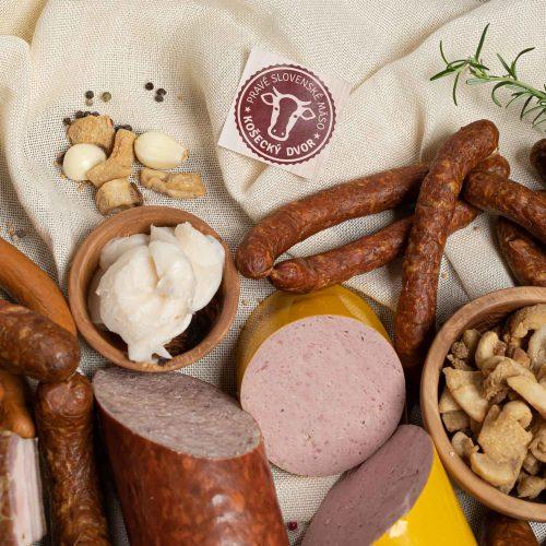 Slovenské mäsové výrobky Košecký dvor nájdete v predajni Karpatský gazda.